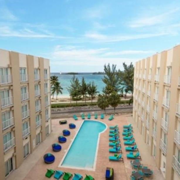 courtyard nassau bahamas
